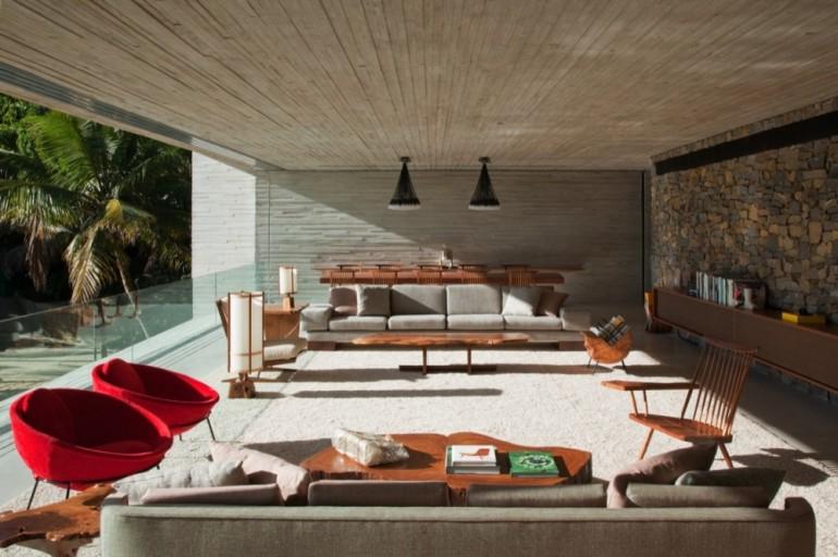 Paraty-House-Marcio-Kogan