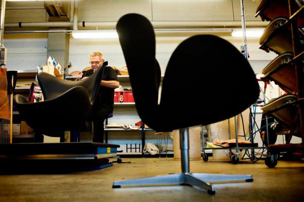 Swan chair_Arne Jacobsen