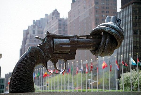 Архитектрура мира. Здание ООН-нет насилию