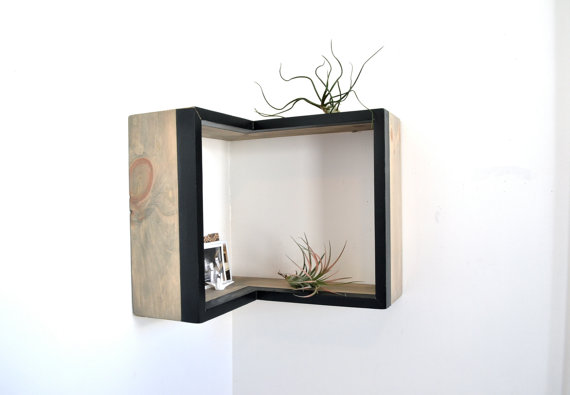 Поставьте её в угол! Corner Box Shelf