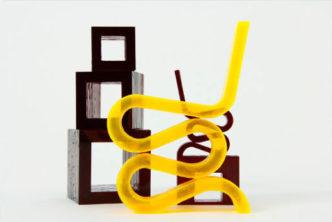 Простые линии Wiggle Side Chair