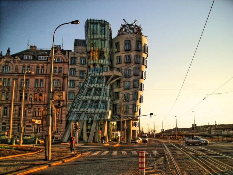Танцующий дом от Френка Гэри | www.probauhaus.ru