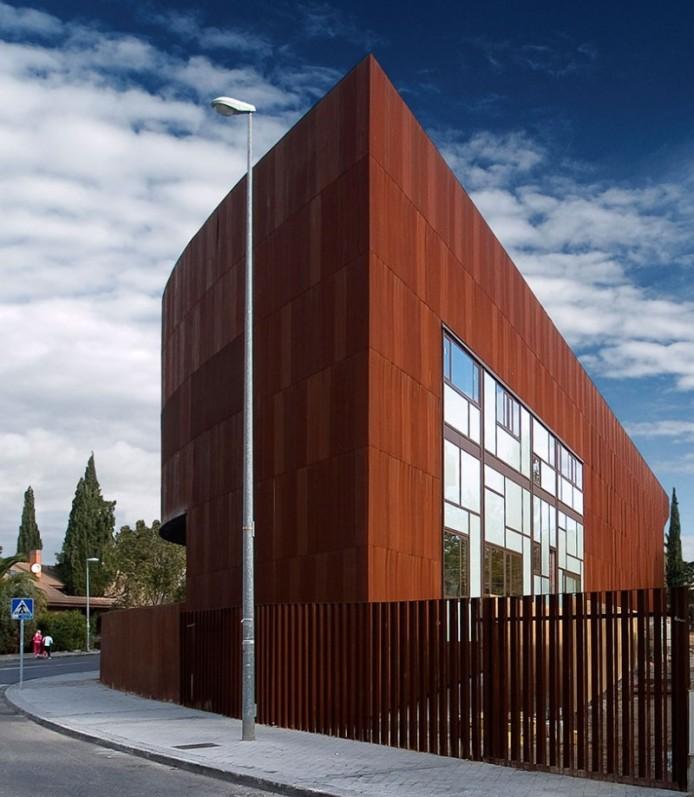 Форма и содержание. Архитектура от Vicens + Ramos в Мадриде | proBauhaus.ru